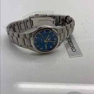 Seiko 5 Automatic Blue Dial stainless steel watch
